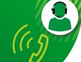 Na zielonym tle słuchawka telefonu oraz białe koło z zieloną graficzną postacią w słuchawkach